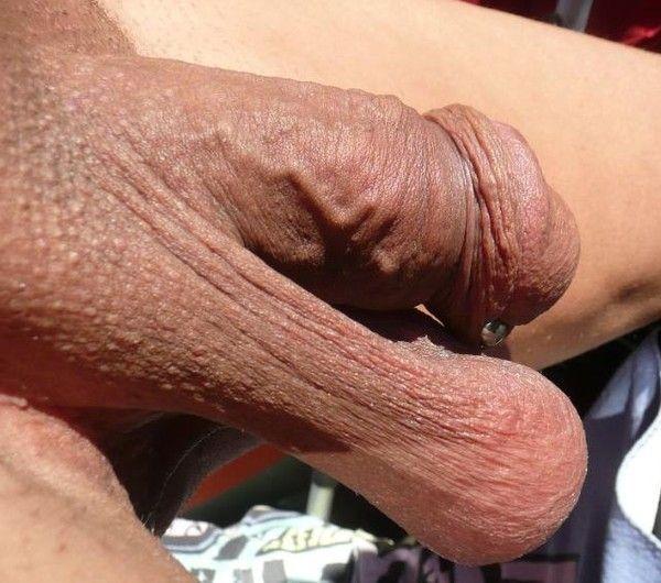 grosses couilles pendantes bucheron gay